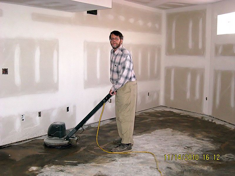 update_11-15-10_scrub_floor.jpg